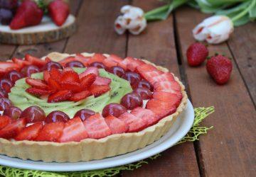 Crostata alla frutta con crema