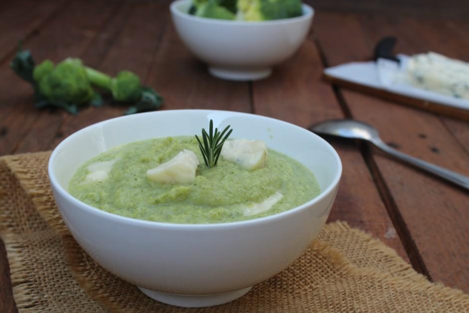 Vellutata di broccoli e gorgonzola