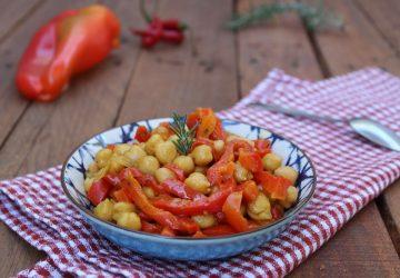 Ceci e peperoni al profumo di curry