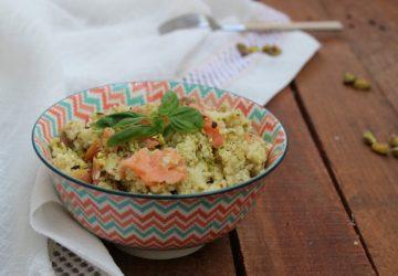 Cous cous con pesto di pistacchi e salmone