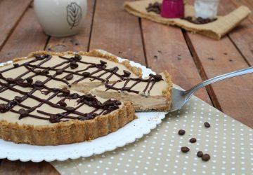 Crostata senza cottura con yogurt e caffè
