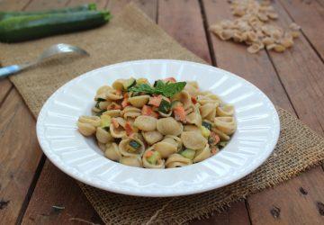 Orecchiette salmone e zucchine