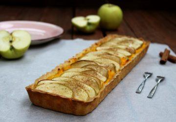 Crostata con crema pasticciera e mele