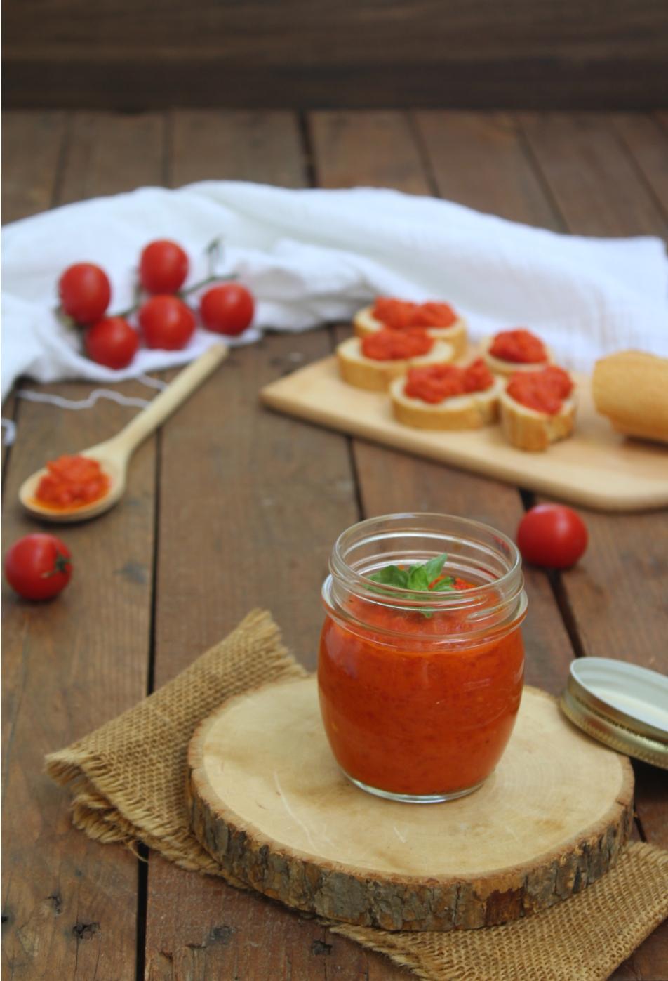 Salsa di peperoni e pomodori