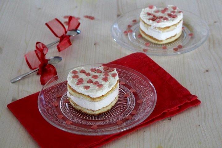 Cuore di Tiramisù con pasta biscotto