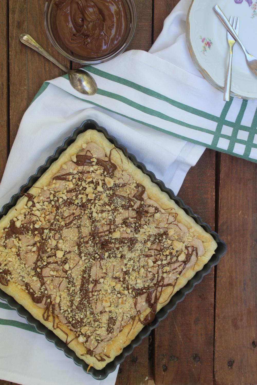 Torta sfoglia con mousse alla nutella