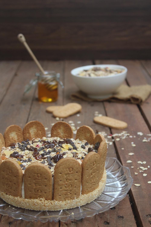 Cheesecake con muesli e miele