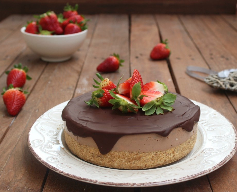 Cheesecake al cioccolato e fragole