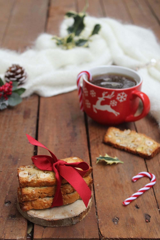 Regali di Natale Fai da te: biscotti secchi.