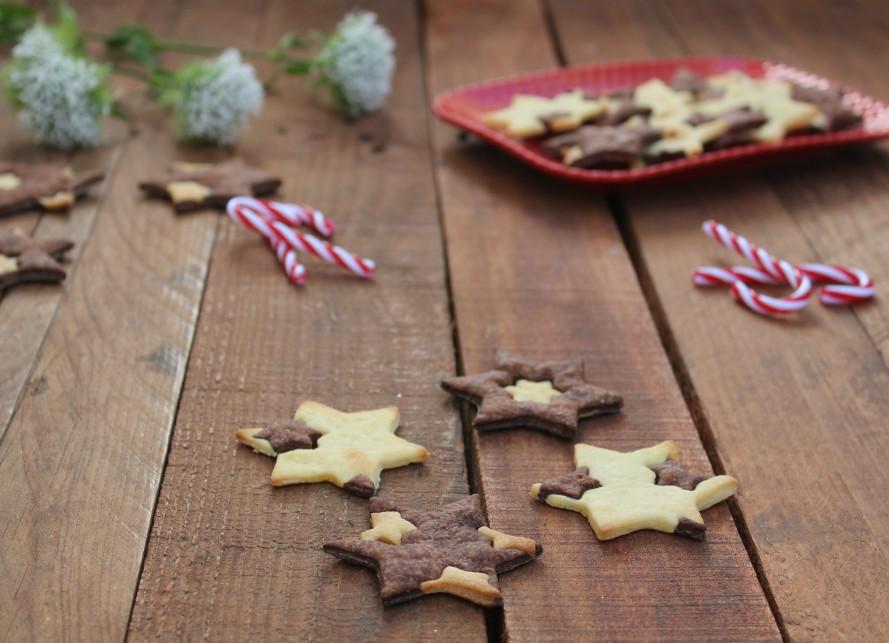 Biscotti a stella bicolore
