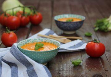 Vellutata di pomodori e finocchi