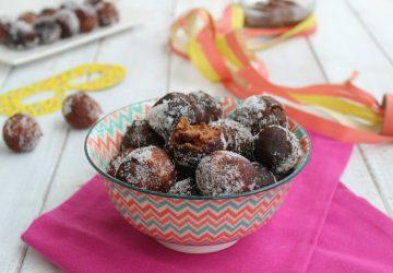 Castagnole al cacao con cuore di nutella