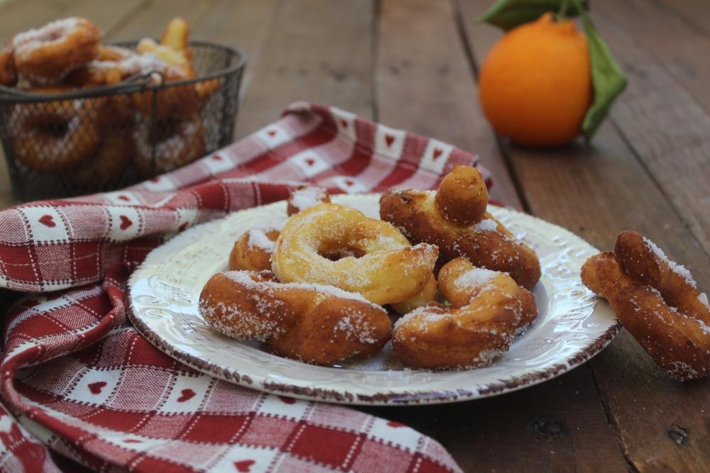 Zeppole fritte all'arancia
