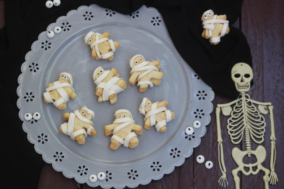 Biscotti mummia con confettura