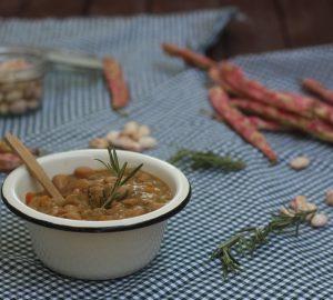 Zuppa con fagioli borlotti
