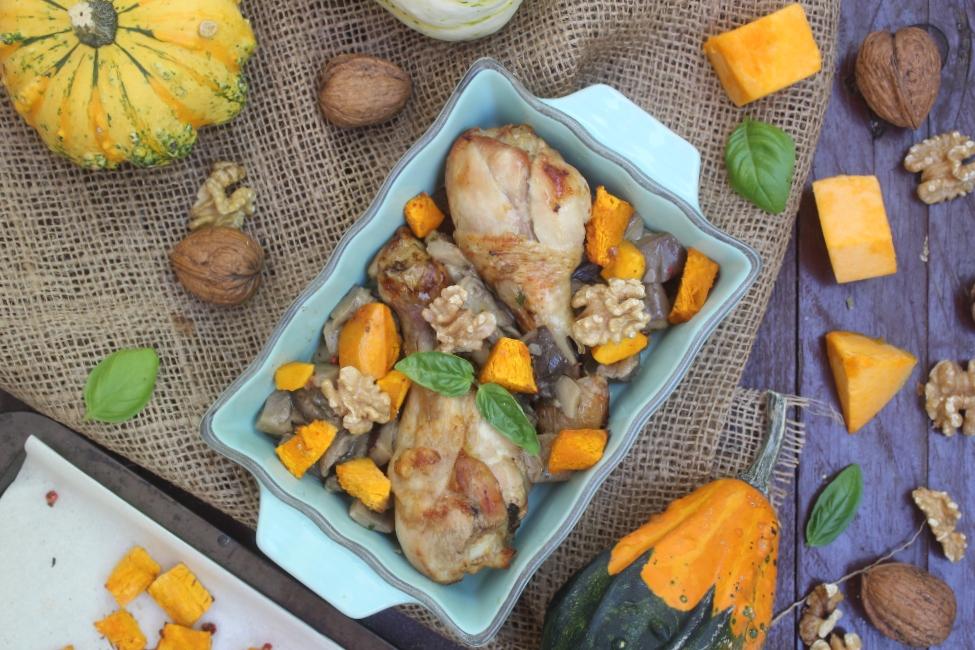 Cosce di pollo con zucca e noci