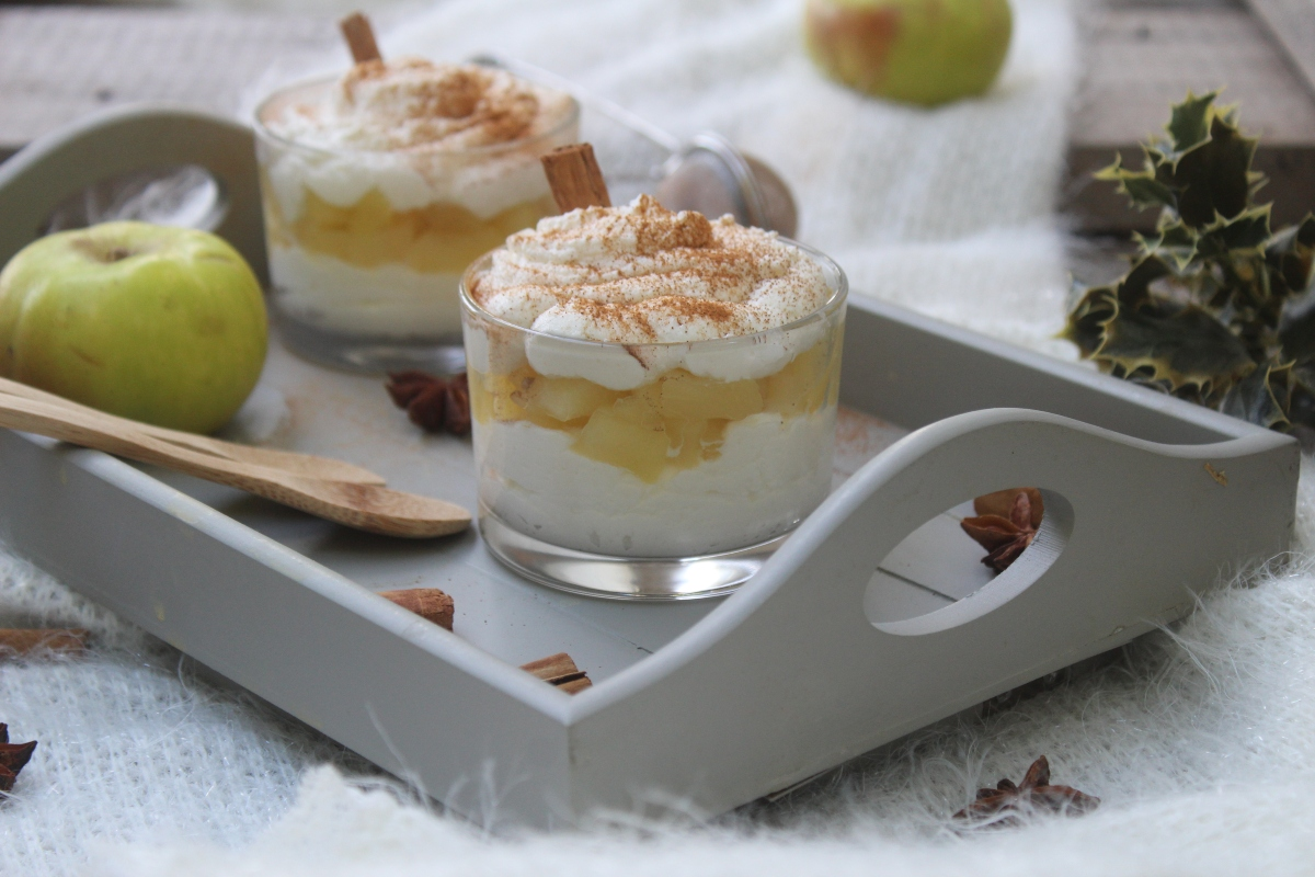 Ricotta mousse with apple-2
