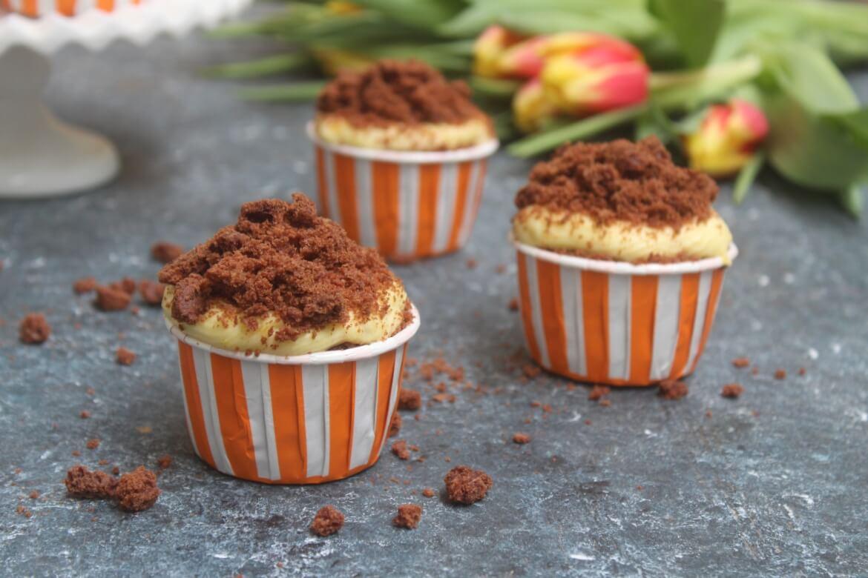 Ricetta Muffin Velocissimi.Cupcakes Mimosa Al Cioccolato Velocissimi E Facilissimi Da Preparare Cibo Che Passione